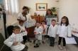 """Децата от подготвителната група на СУ """"Вичо Грънчаров"""" учиха как да се грижат за здравето си"""